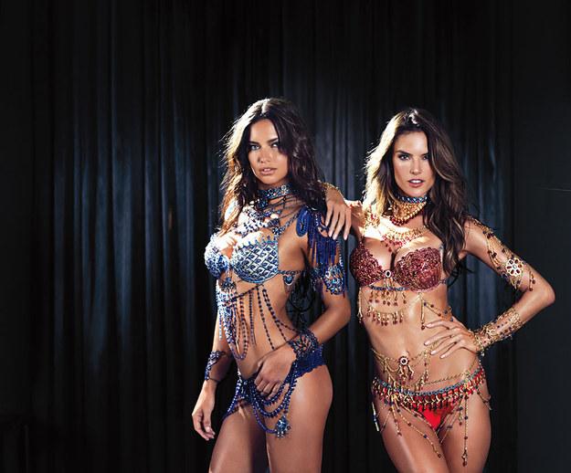 Alessandra Ambrosio và Adriana Lima mặc Fantasy Bra.