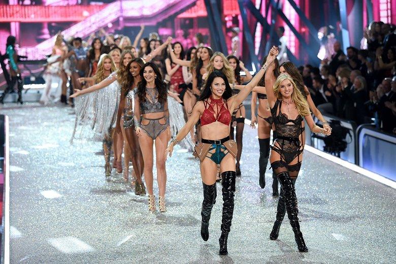 7 điều thú vị trong show diễn Victoria's Secret Show 2016 - ELLE Việt Nam