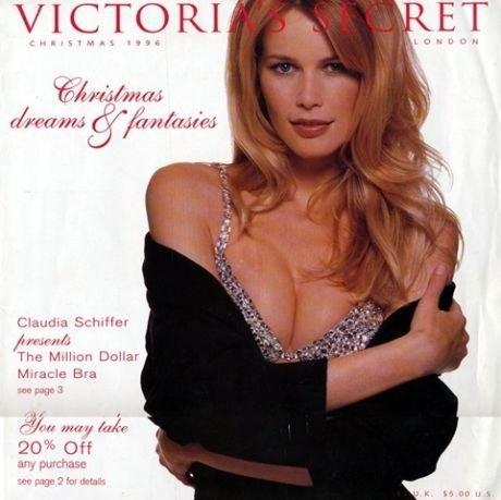 Claudia Schiffer và chiếc áo Fantasy Bra đầu tiên.