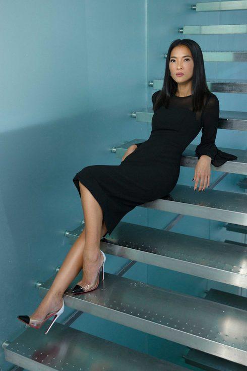 Bằng Lăng làm người mẫu cho BST của Hà Tăng