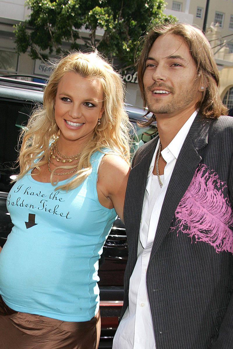 Ca sĩ Britney Spears và chồng cũ Kevin Federline.