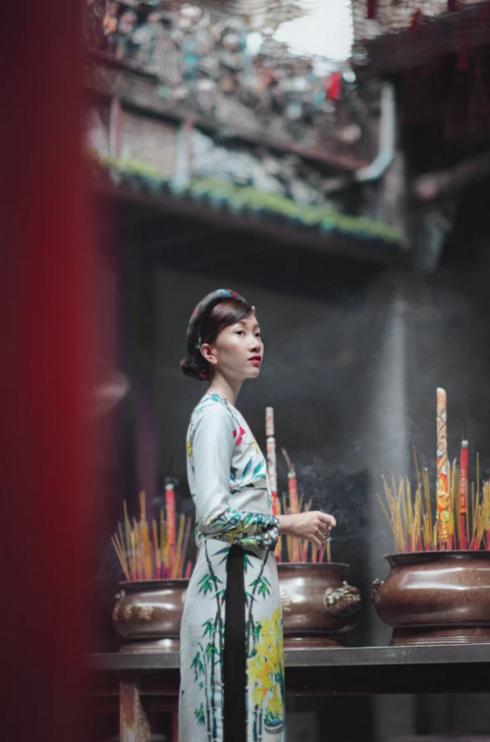 Trang phục của Thủy Nguyễn
