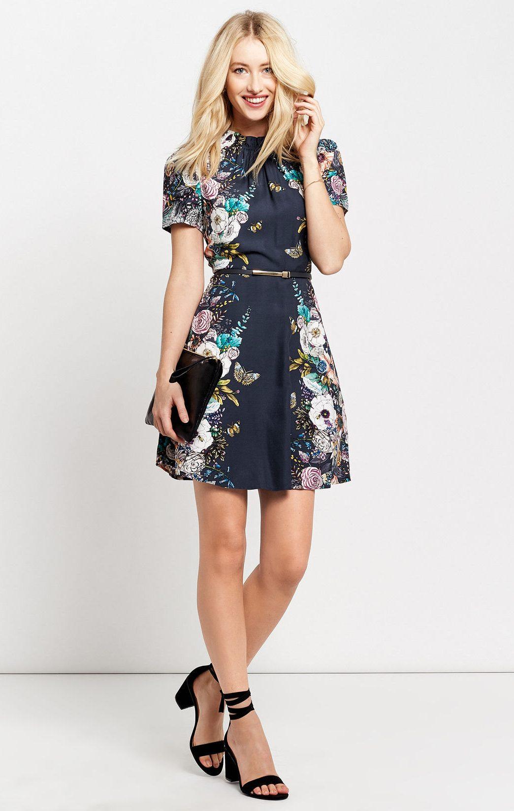 22 mẫu váy đẹp cho mùa Giáng Sinh và năm mới - ELLE VN