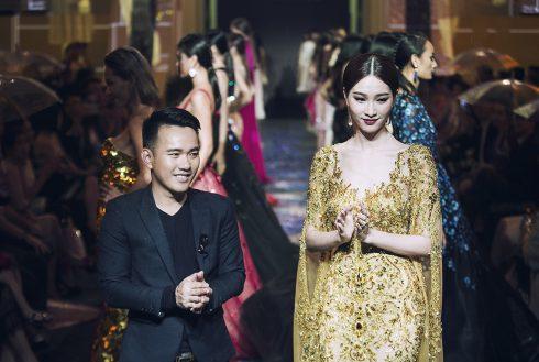 BST Xuân-Hè 2017 Lam Vũ của Lê Thanh Hòa<br/>BST Xuân-Hè 2017 Lam Vũ của Lê Thanh Hòa