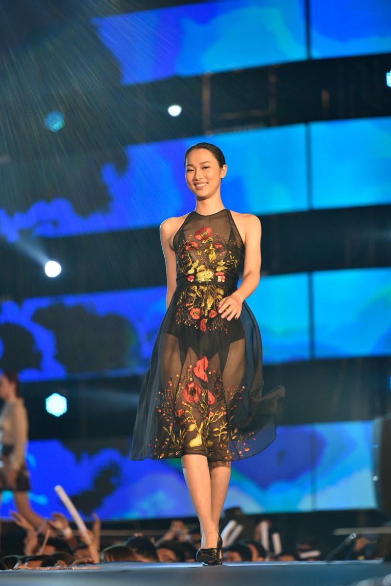 """6 xu hướng thời trang làm giới trẻ Hà Thành """"phát cuồng"""" bước ra từ lễ hội """"VISION – Steps Of Glory"""" - 18"""