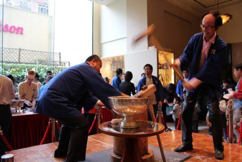Lễ giã bánh dày chào đón năm mới của người Nhật sẽ được tái hiện ngay giữa Hà Nội.