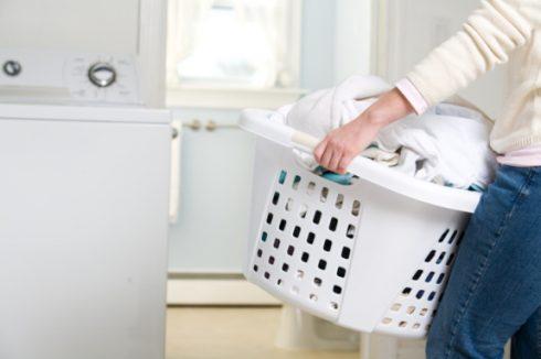 Cách tấy trắng quần áo nhanh và đơn giản