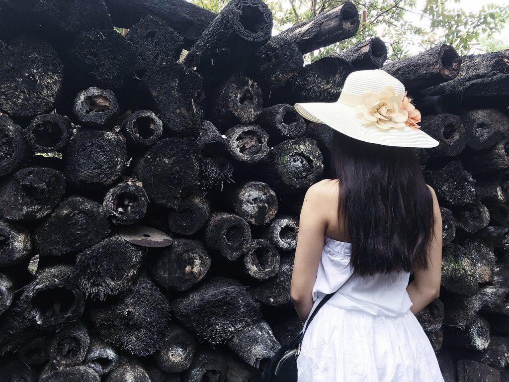 Quán quân Vietnam's Next Top Model – người quyến rũ gợi cảm, người thanh thoát tinh khôi khoe dáng trên bãi biển - 01