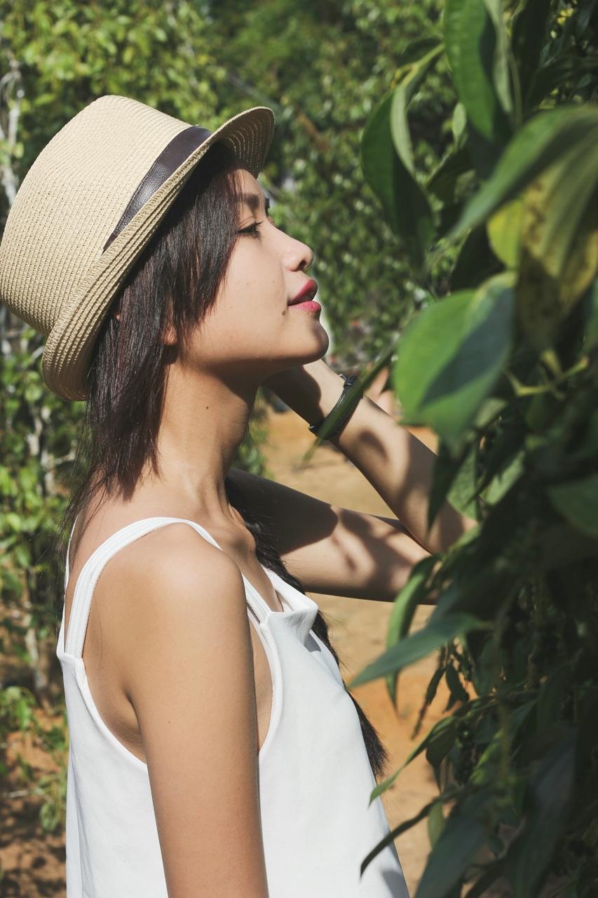 Quán quân Vietnam's Next Top Model – người quyến rũ gợi cảm, người thanh thoát tinh khôi khoe dáng trên bãi biển - 04