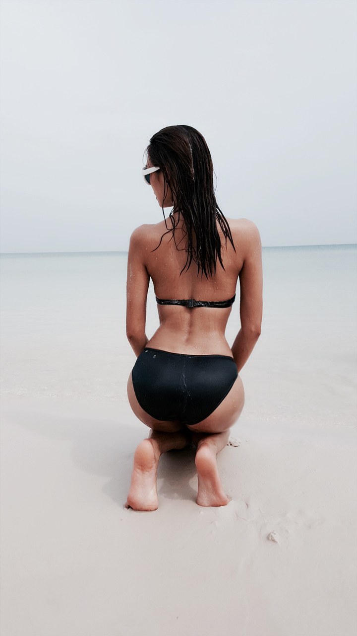 Quán quân Vietnam's Next Top Model – người quyến rũ gợi cảm, người thanh thoát tinh khôi khoe dáng trên bãi biển - 07