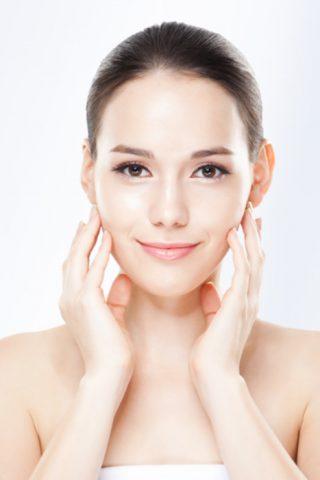 Top 10 sản phẩm kem dưỡng ẩm cho da mụn