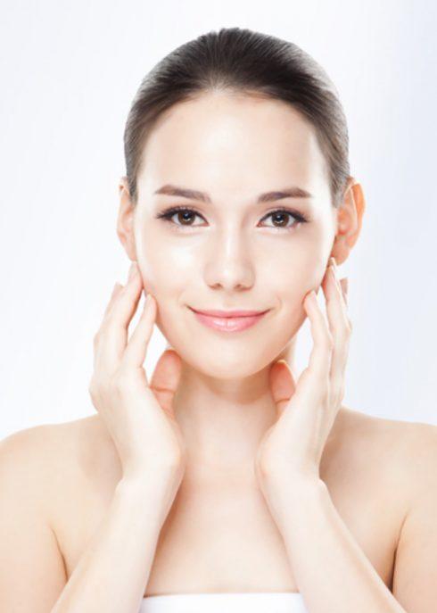 Top 10 sản phẩm kem dưỡng ẩm cho da mụn ELLE VN