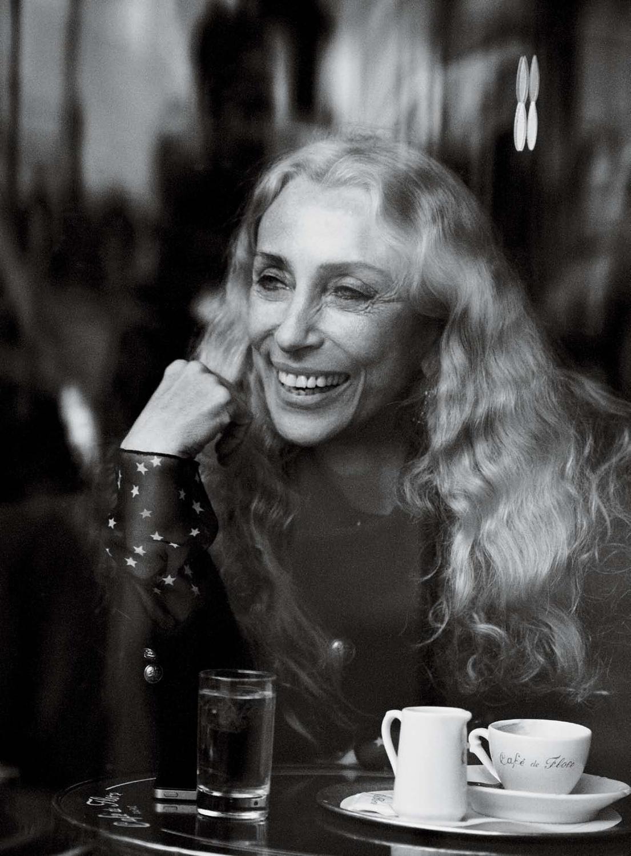 Tổng biên tập tạp chí thời trang Vogue Ý - Franca Sozzani từ biệt làng thời trang mãi mãi