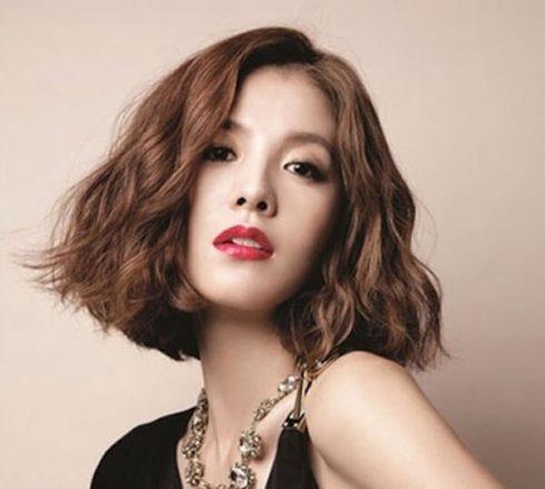 3 mẫu tóc uốn ngang vai đẹp cho năm mới ELLE VN