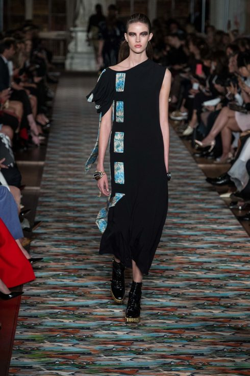 dior-cruise-2017-tro-ve-anh-quoc-10
