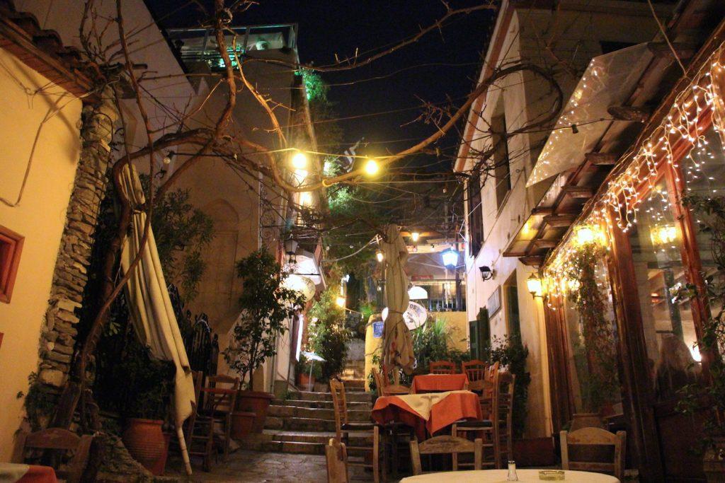 Athens về đêm, một góc nhìn rất khác - 14