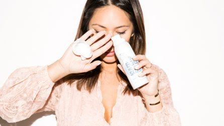5 điều cần biết khi sử dụng sữa rửa mặt trị mụn