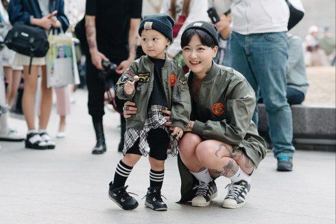 06-seoul-fashion-week-fall-2015-street-style-31