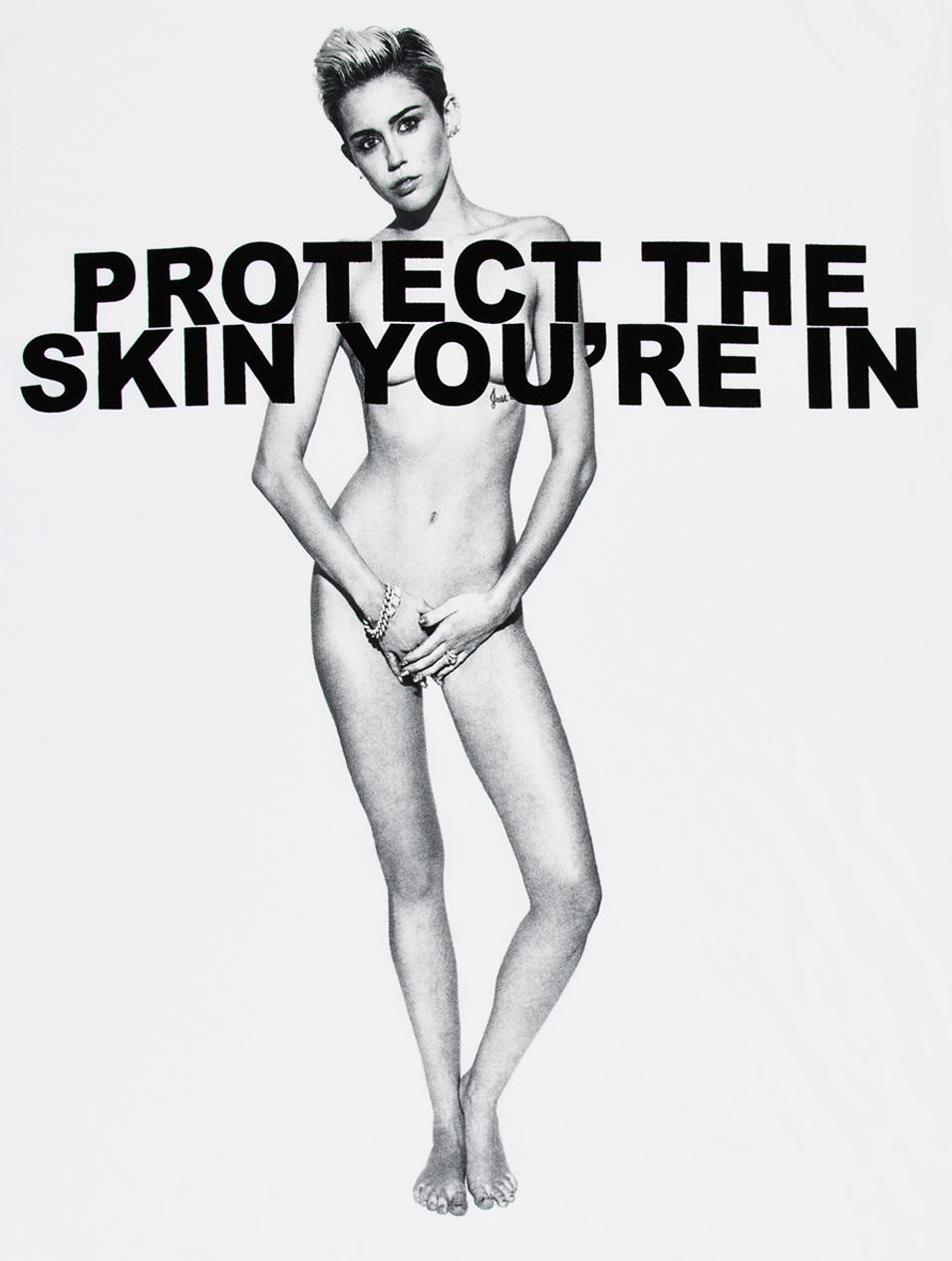 Những poster quảng cáo thời trang nóng bỏng nhất mọi thời đại