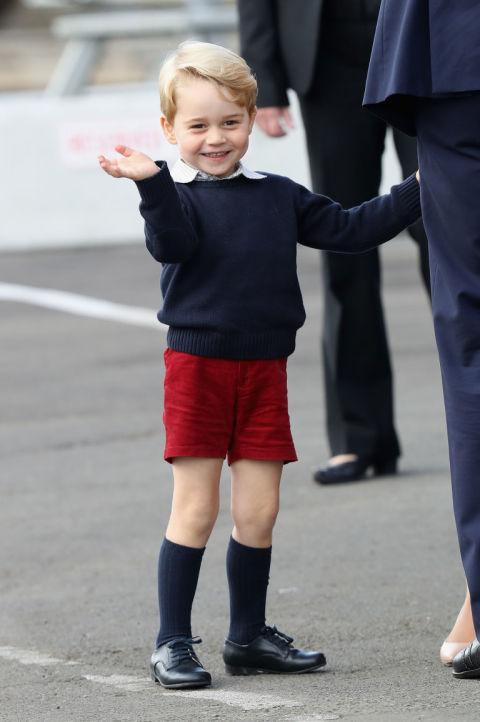 Cùng điểm lại 15 khoảnh khắc đáng nhớ nhất trong năm 2016 của gia tộc Hoàng gia Anh - 10