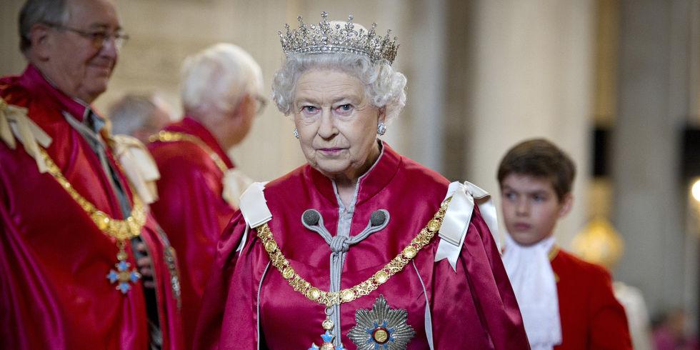 Cùng điểm lại 15 khoảnh khắc đáng nhớ nhất trong năm 2016 của gia tộc Hoàng gia Anh - 11