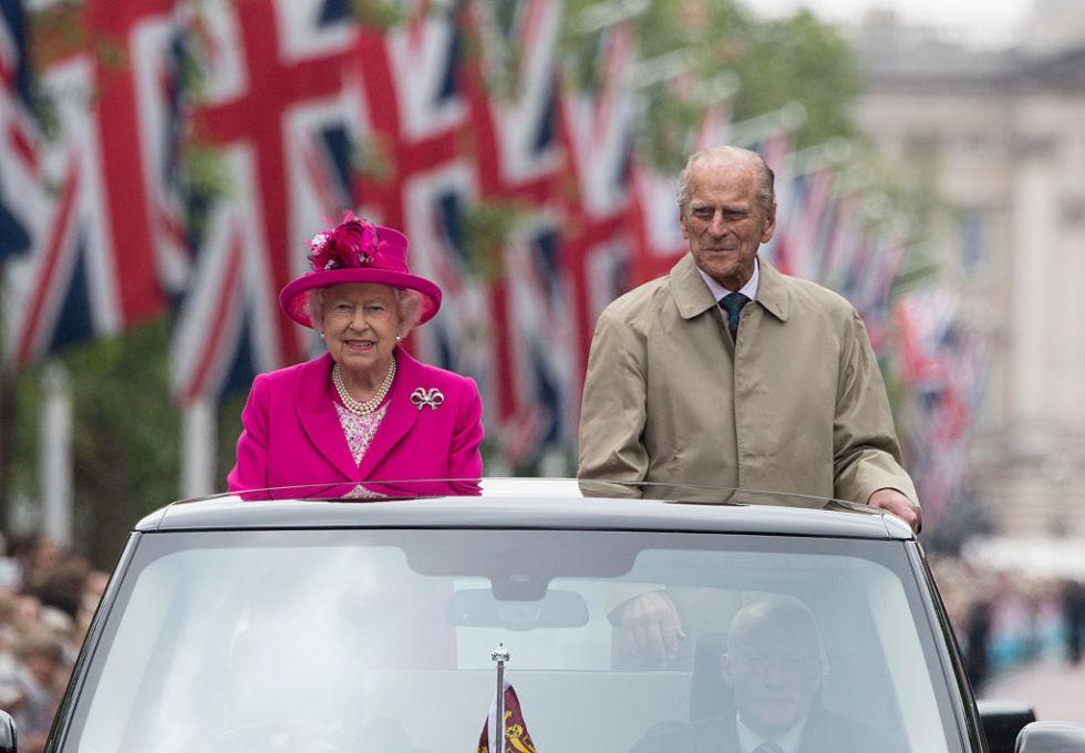 Cùng điểm lại 15 khoảnh khắc đáng nhớ nhất trong năm 2016 của gia tộc Hoàng gia Anh - 06