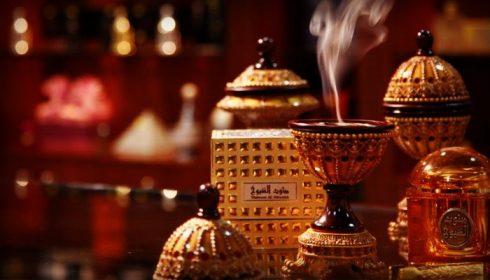 Oud, có nơi gọi là Aoud, hay Agarwood, tiếng Việt là trầm hương, thuộc họ gỗ
