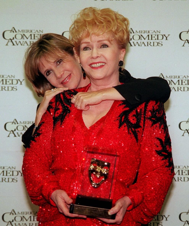 Hai mẹ con Debbie Reynolds và Carrie Fisher - 06