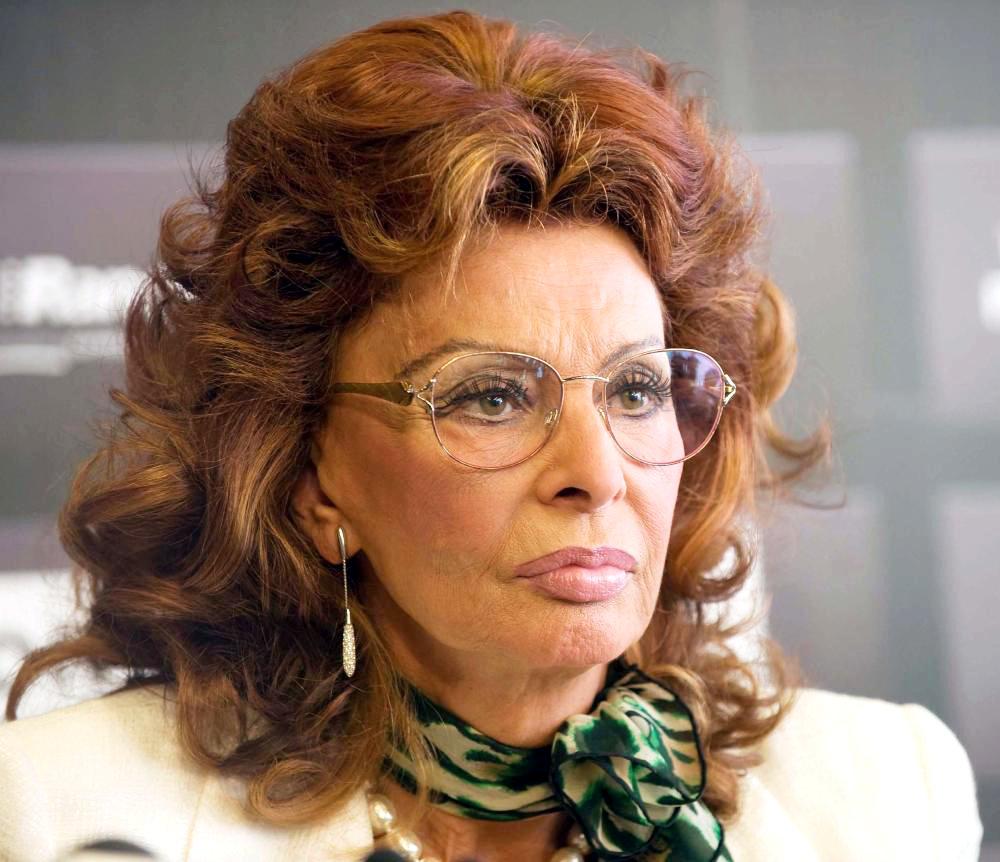 Biểu tượng sắc đẹp Hollywood Sophia Loren