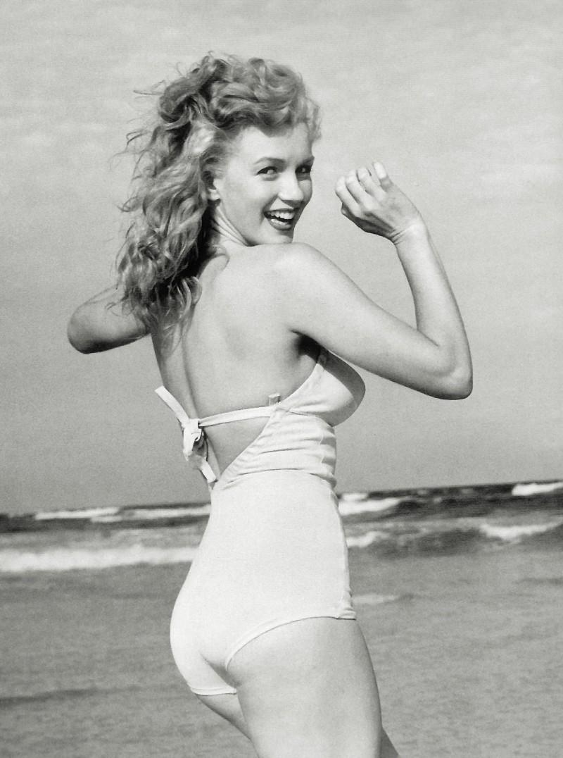 Biểu tượng sắc đẹp Hollywood Marilyn Monroe