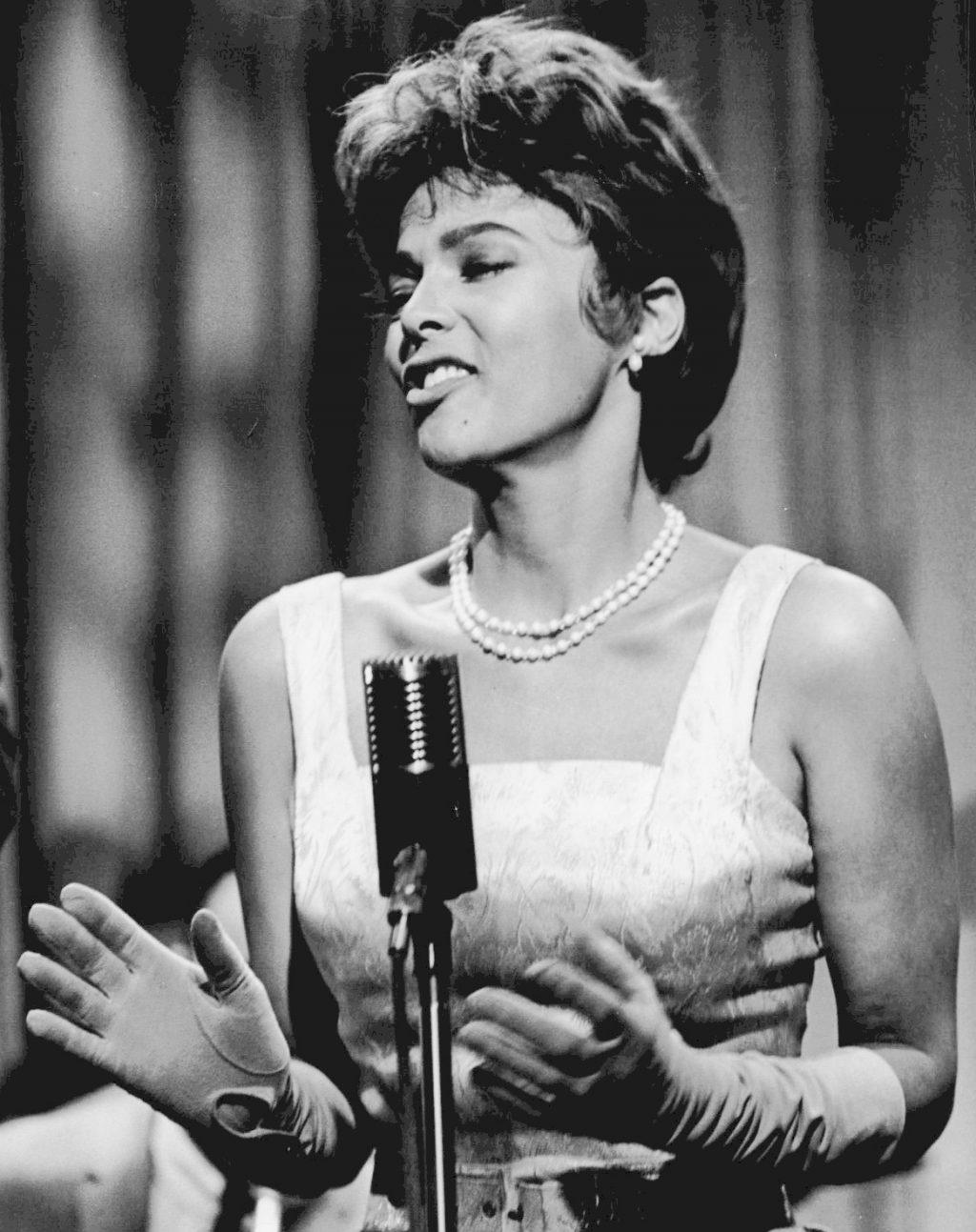 Biểu tượng sắc đẹp Hollywood Dorothy Dandridge