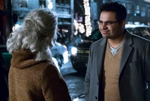 """Cuộc đối thoại với """"Cái Chết"""" của Simon (do Michael Peña thủ vai) khiến nhiều khán giả xúc động."""