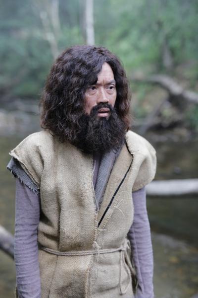 NGƯT Hoài Linh đến tham dự buổi giới thiệu phim Rừng Xanh Kỳ Lạ Truyện ELLE VN