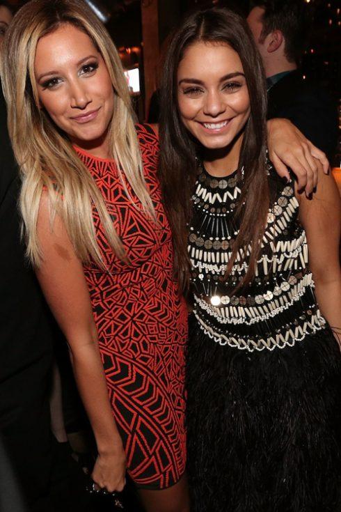 Ashley Tisdale và Vanessa Hudgens lần đầu song ca với nhau