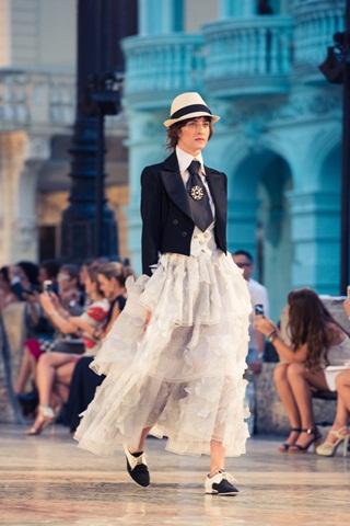 Những ứng phó của các thương hiệu thời trang nổi tiếng
