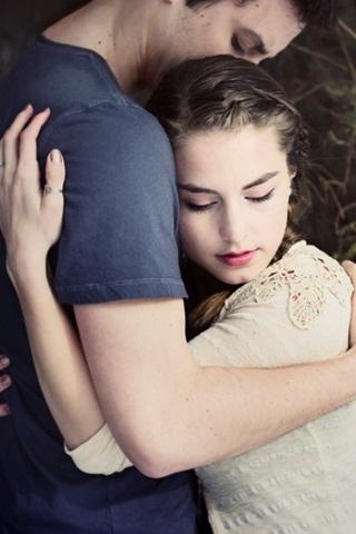 ELLE lắng nghe bạn: Khi chuyện tình yêu bị ngăn cấm