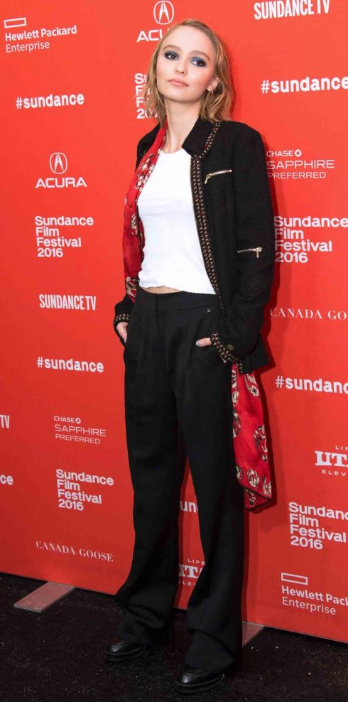 Nàng thơ Lily-Rose Depp với phong cách thời trang đáng ngưỡng mộ