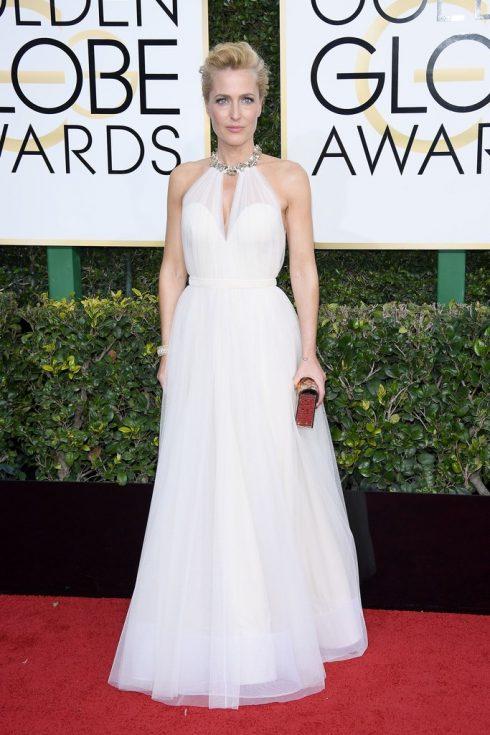 Gillian Anderson mặc váy của Jenny Packham