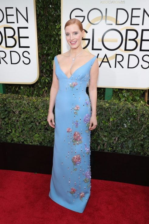 Jessica Chastain trong thiết kế của Prada