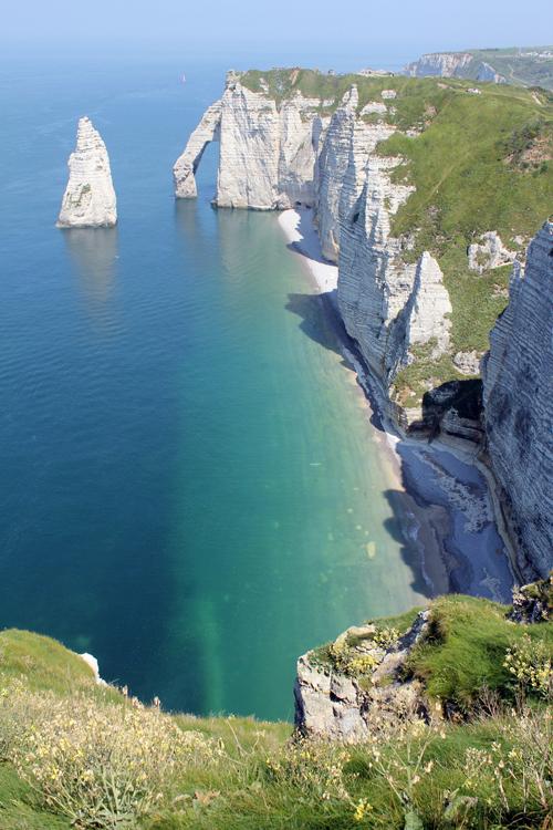 Du lịch Pháp: Etretat và mỏm đá diệu kỳ