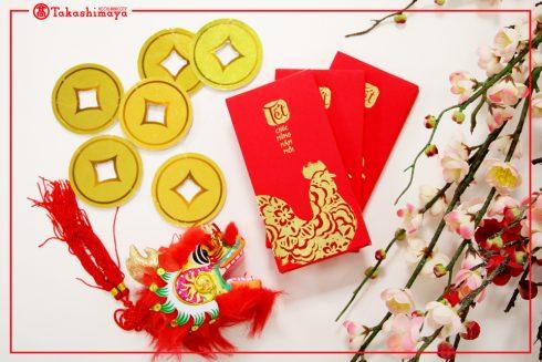Những bao lì xì xinh xắn sẽ được trao tay các khách hàng khi mua sắm tại Takashimaya