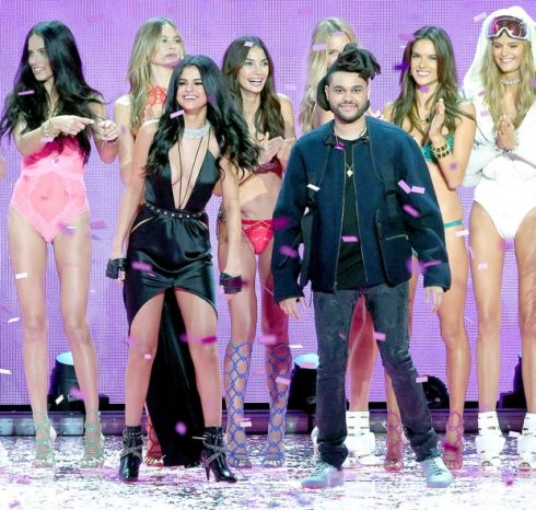 Selena Gomez lộ ảnh hẹn hò với The Weeknd 7