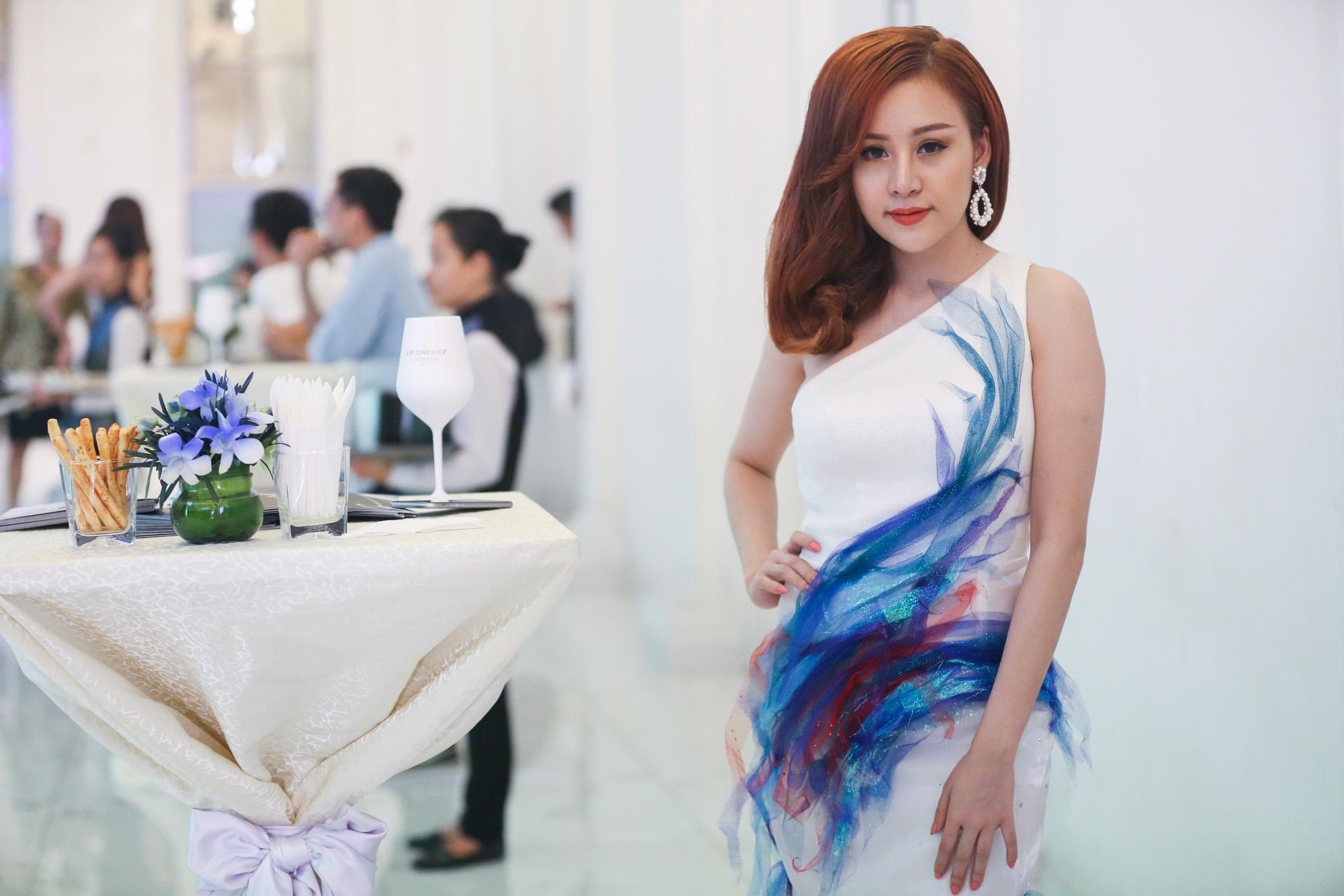 Bà Tưng Lê Thị Huyền Anh.