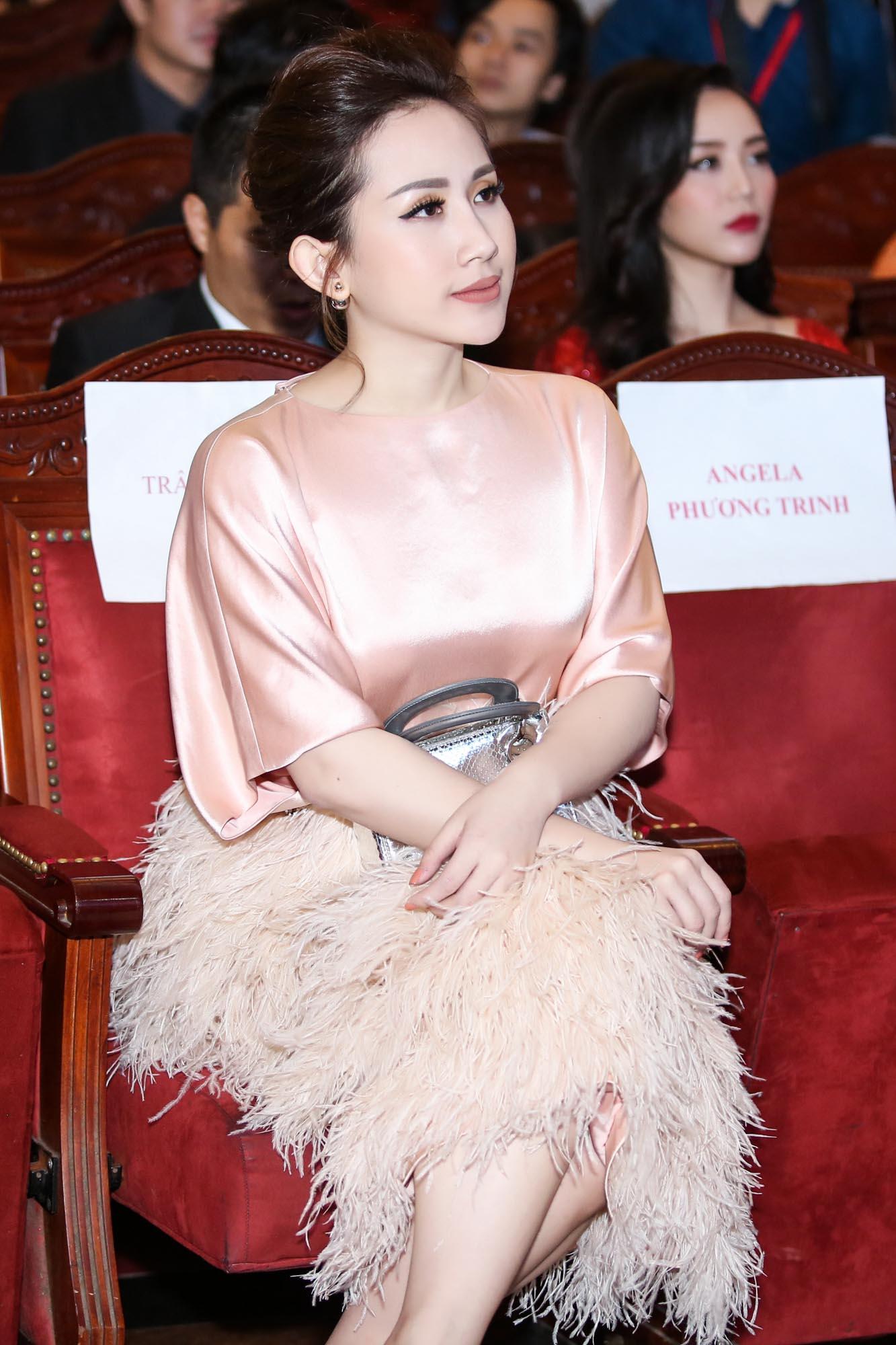 Fashionista Trâm Nguyễn - elle việt nam 6