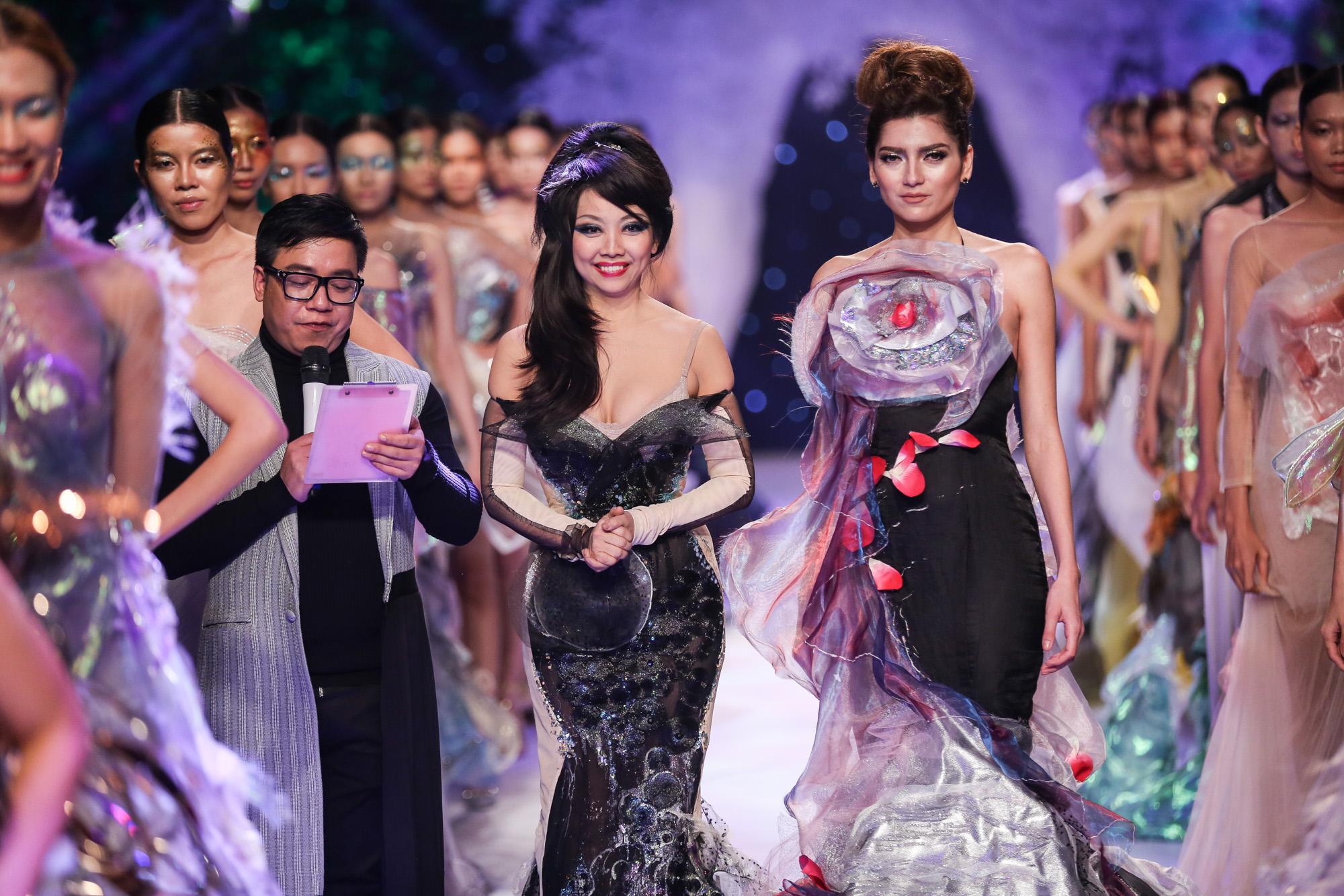 Quỳnh Paris Deja Vu show - elle vietnam 12
