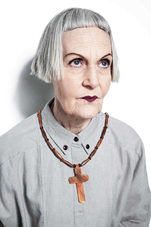"""Những fashionista """"đầu bạc"""" truyền cảm hứng của thế giới - ELLE VN"""