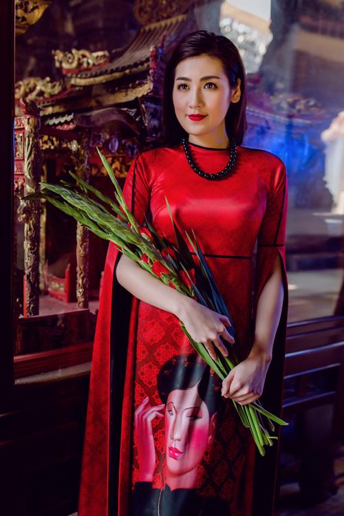 Áo dài của Adrian Anh Tuấn x Chinh - elle man 20