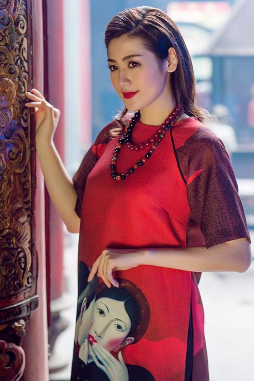 Áo dài của Adrian Anh Tuấn x Chinh - elle man 7