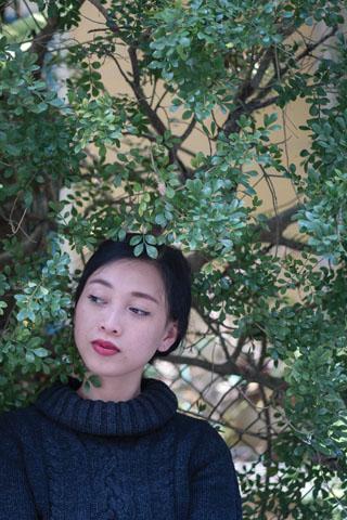 Quỳnh Lâm - Kẻ lập dị khi chuyên đi nhặt nhạnh hoa tàn