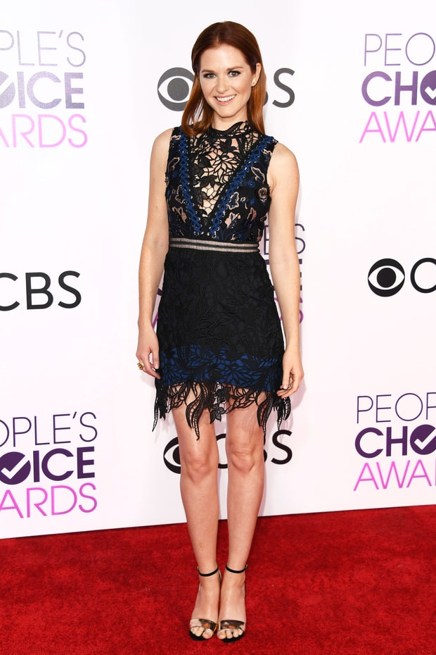 16 ngôi sao mặc đẹp nhất tại Lễ trao giải People's Choice Award